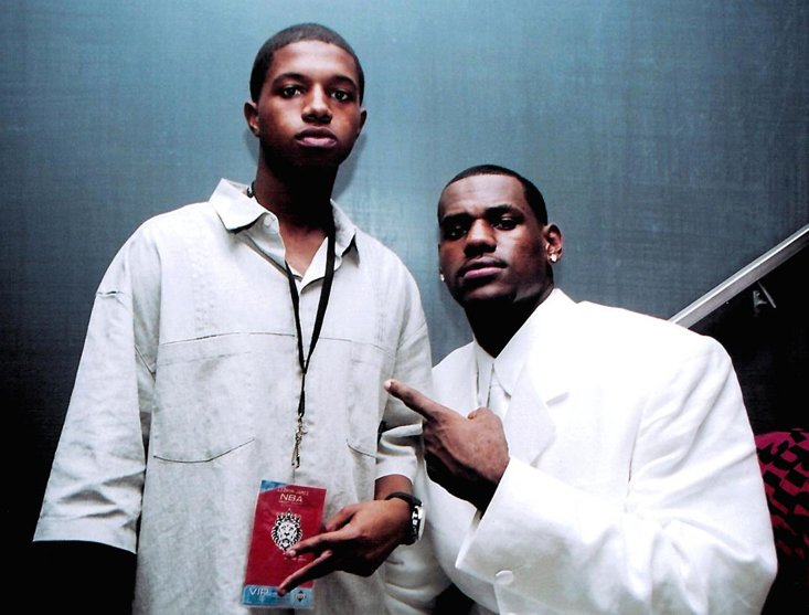 LeBron celebrates being the Cav's number one draft pick with his brother