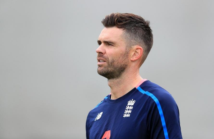 Jimmy Anderson has enjoyed another excellent summer with England - it's time cricket was once again recognised at the BBC Sports Personality Of The Year awards