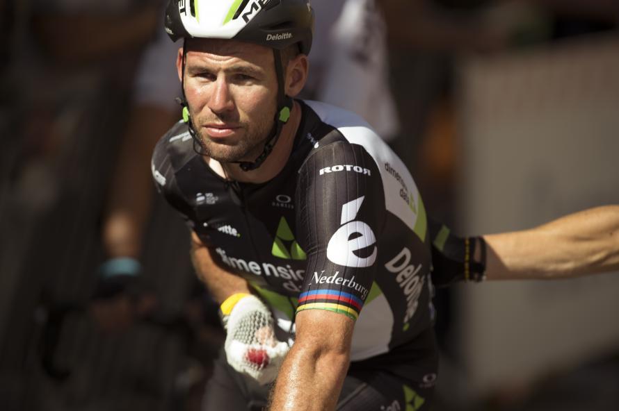Caleb Ewan takes photo-finish on stage 1 Tour of Britain