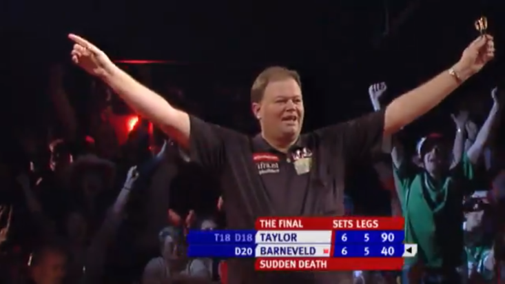Raymond van Barneveld beat Phil Taylor in a sudden death leg of the 2007 PDC World Darts Championship final