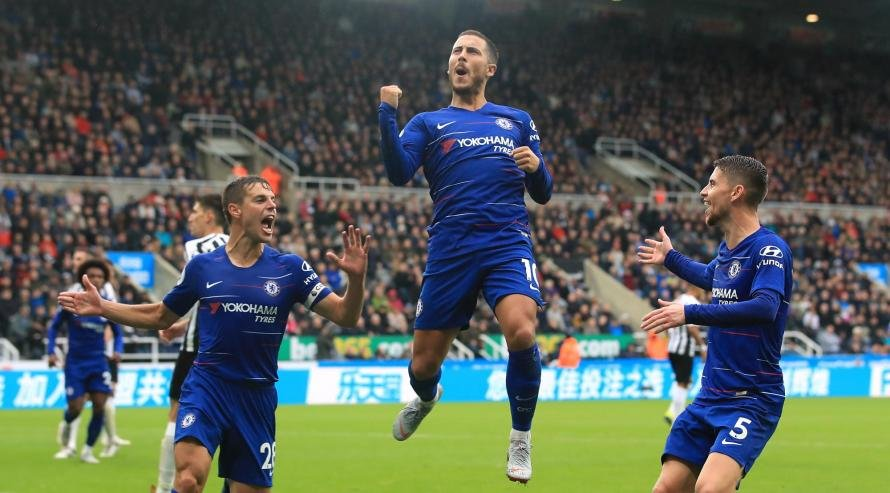 Chelsea star Eden Hazard could be tempted to sign a new contract at the club despite interest from Real Madrid