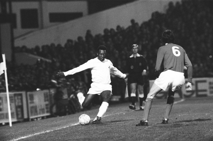 Pele playing at Craven Cottage For Santos On This Day in 1973