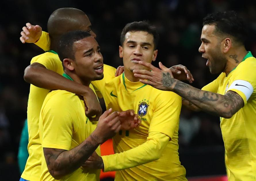 Brazilian Public Want Tite To Start Gabriel Jesus Over Roberto Firmino At World Cup