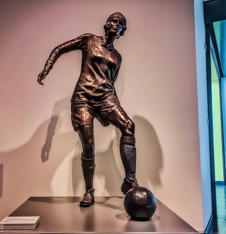 Lily Parr is the first ever female player to be commemorated with a statue