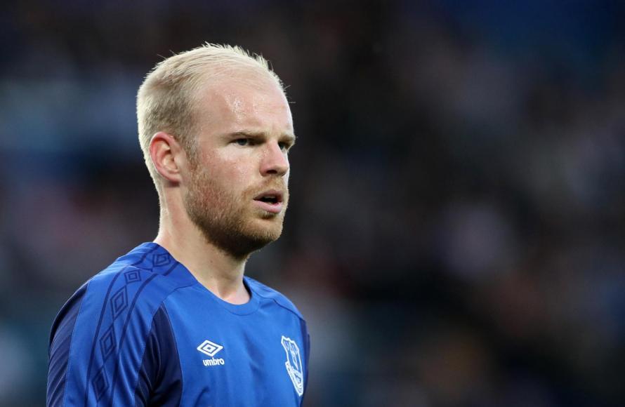 Appoint a new Everton manager quickly, David Unsworth tells Farhad Moshiri