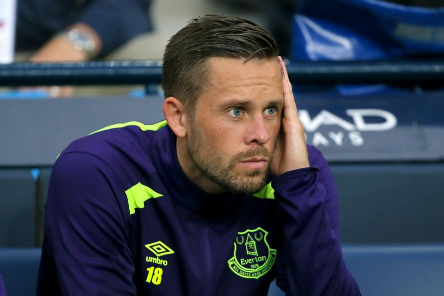 how does gylfi sigurdsson fit into the everton team