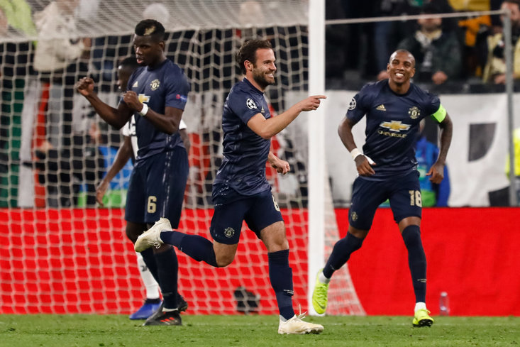 Juan Mata and Ashley Young helped Manchester United to an important win in Turin