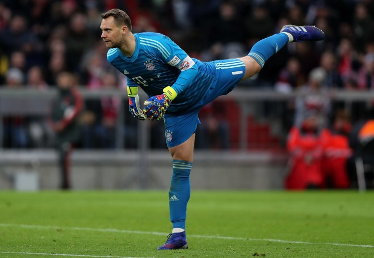 Manuel Neuer now has earned a century of appearances in the Champions League