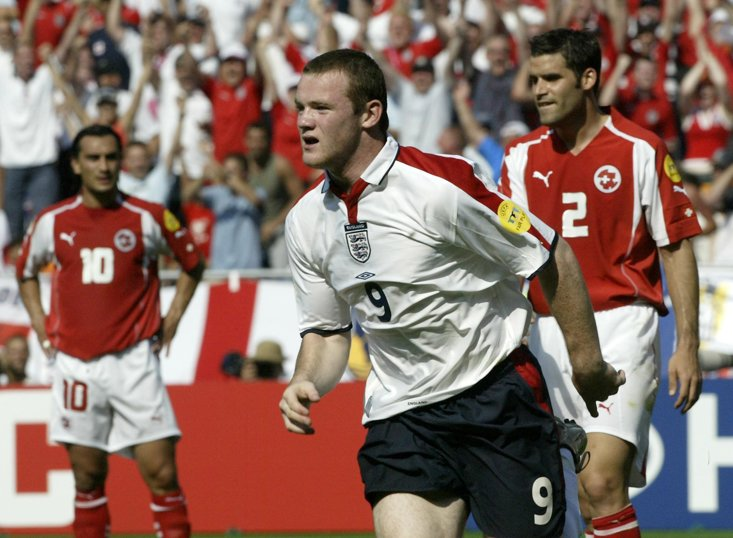 Wayne Rooney is looking to roll back the years for England