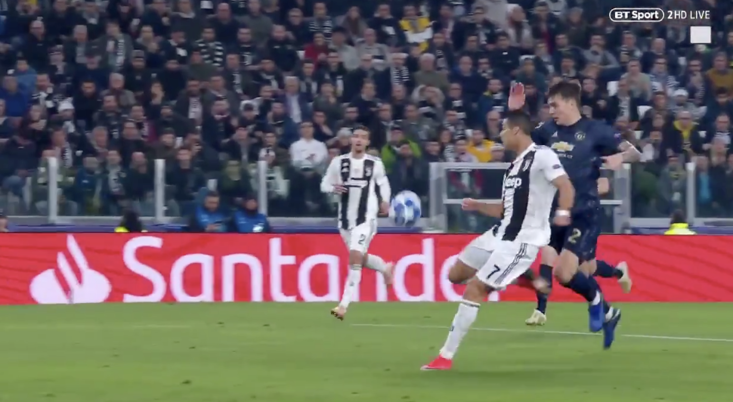 Cristiano Ronaldo produced an amazing finish for Juventus against Manchester United