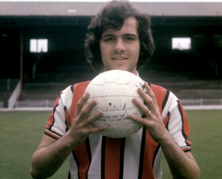 Alex Sabella joined Sheffield United from River Plate and thoughe he did well in South Yorkshire, he was no Maradona
