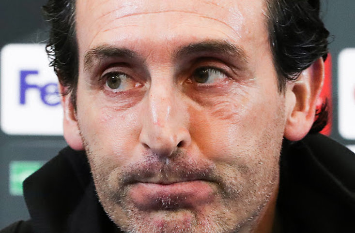 How does Emery's record compare to Wenger's?