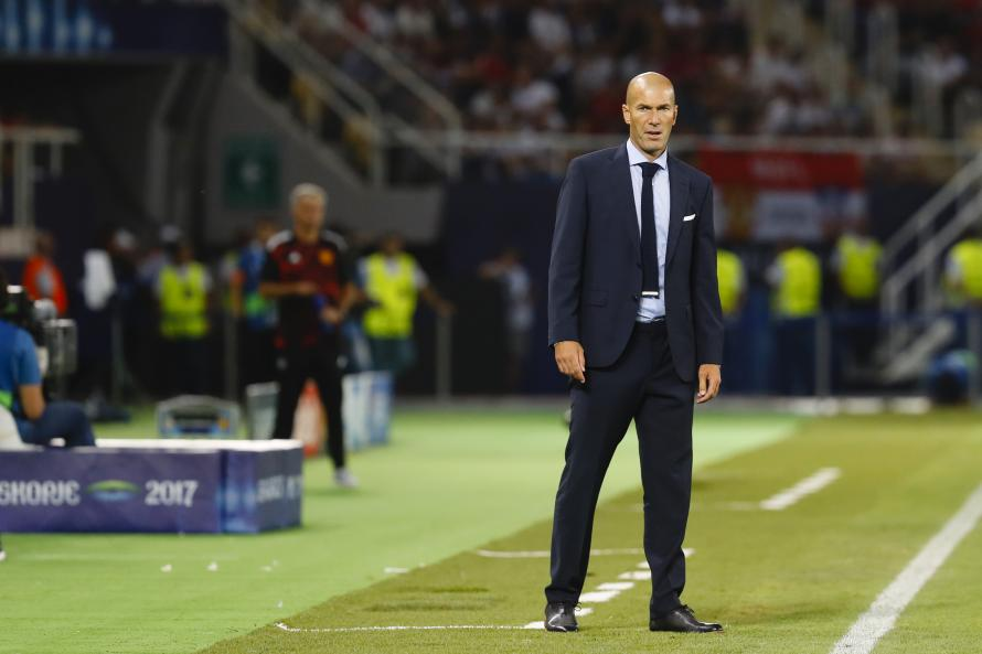Zinedine Zidane has made it clear what he wants if he to were manage Chelsea