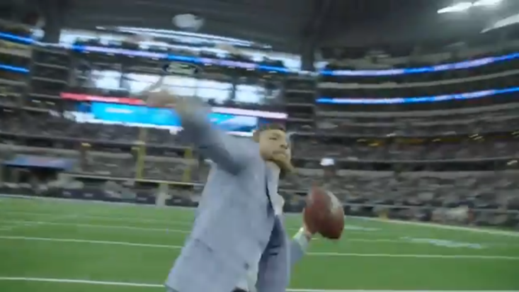 Conor McGregor watched the Dallas Cowboys defeat the Jacksonville Jaguars