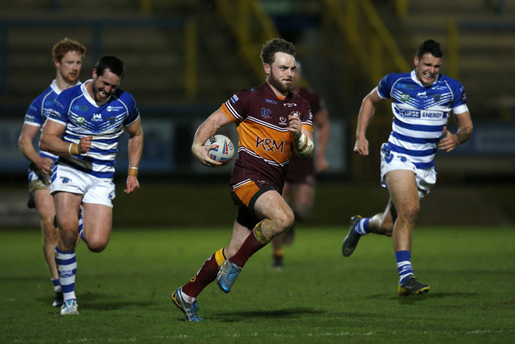 JACK LOGAN RUNS IN BATLEY'S OPENING TRY AGAINST HALIFAX