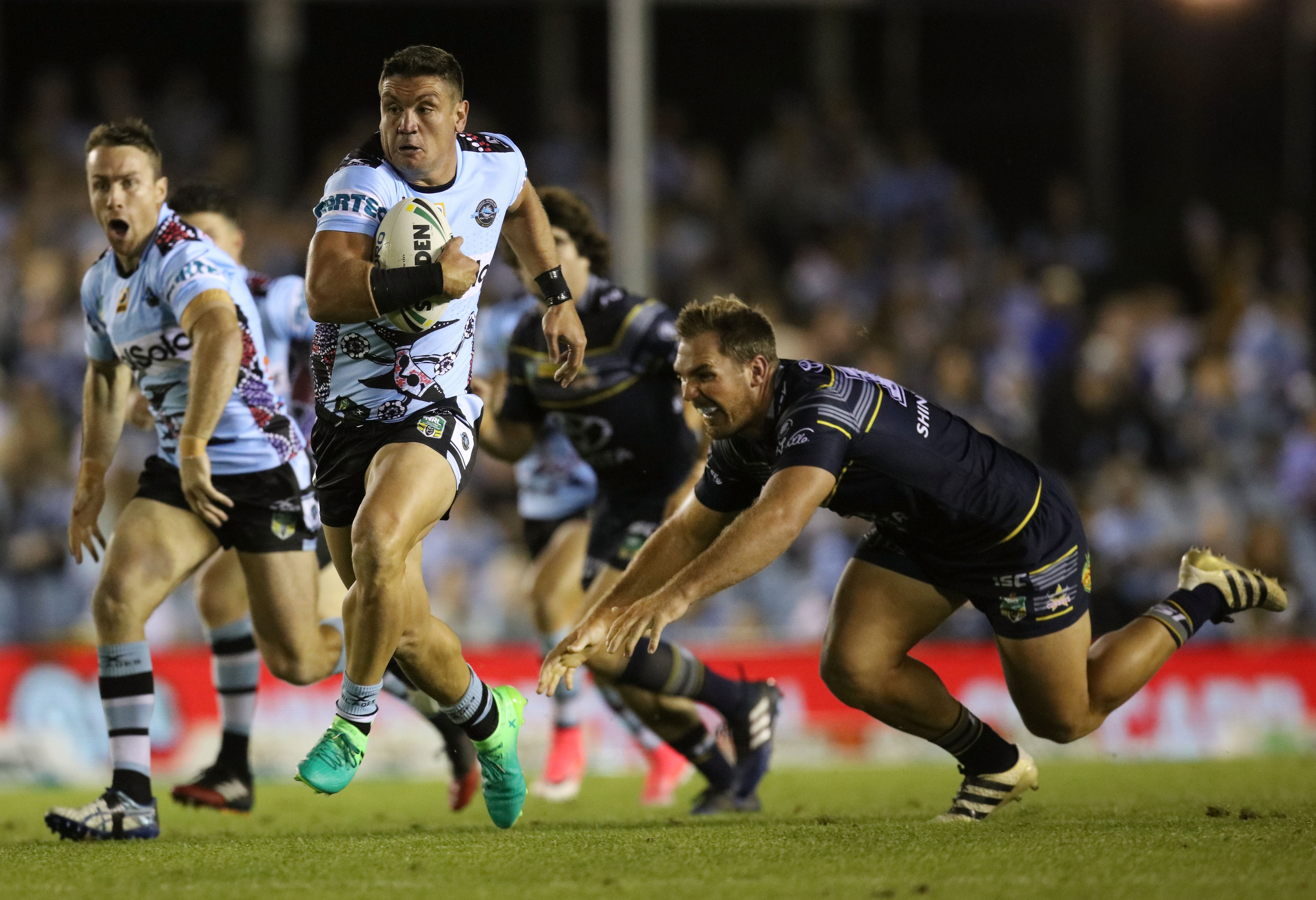 Andy Mannah chris heighington: the 'plastic pom' with an english village
